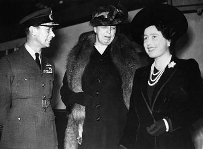 Ev-in Photograph - World War II. King George Vi Of England by Everett