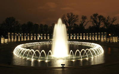 Photograph - World War II Memorial At Night by Richard Bryce and Family