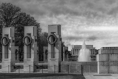 Lincoln Memorial Photograph - World War II Memorial Bw by Susan Candelario