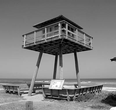 Photograph - World War Two Coastal Watch Tower by David Lee Thompson