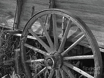 Wagon Wheels Photograph - Worn And Weary by Al Bourassa