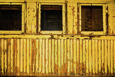 Virgina Photograph - Worn Yellow Passanger Car by Garry Gay