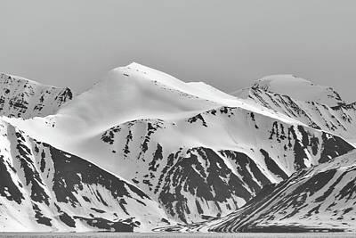 Photograph - Worsleyneset Mountain by Lauri Novak