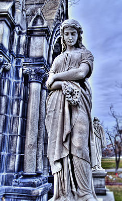 Photograph - Wreath Bearer 2 by Tammy Wetzel