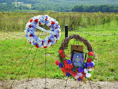 Photograph - Wreath Laying Area by John Waclo