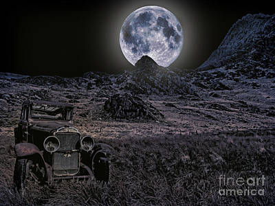 Wrecked By Moonlight  Art Print by Chris Evans