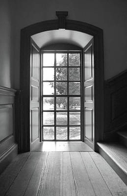 Photograph - Wren Building Window by David Cabana