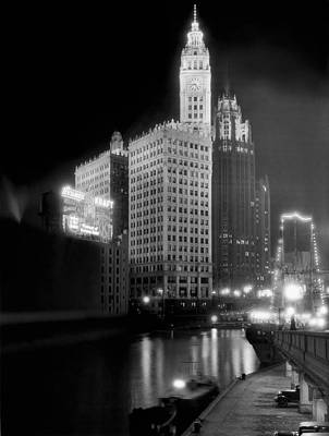 Wrigley And Tribune Buildings Art Print by Underwood Archives