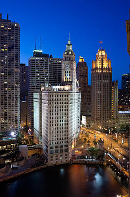Wrigley Photograph - Wrigley Building Night by Steve Gadomski