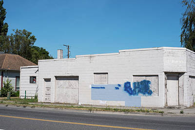 Photograph - Writing On The Wall In Ferndale by Tom Cochran