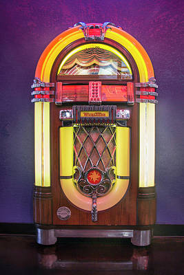 Photograph - Wurlitzer Jukebox by Betty Denise