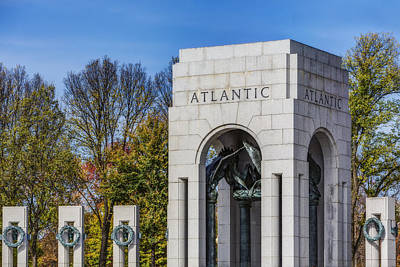 Photograph - Wwii Atlantic Memorial by Susan Candelario
