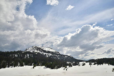 Photograph - Wyoming Pass Along Highway 26 by Ray Mathis