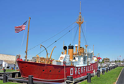 Photograph - Lightship Overfalls Lewes Delaware by Brendan Reals