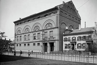 Photograph - Yale Gymnasium C1910 by L O C