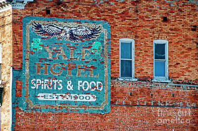 Photograph - Yale Hotel Sign by David Arment