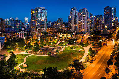 Photograph - Yaletown In Vancouver by Alexis Birkill