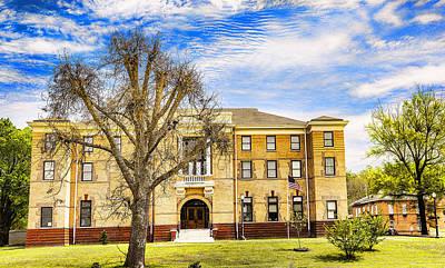 Photograph - Yalobusha County Courthouse - Historical Buiding by Barry Jones