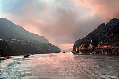 Photograph - Yangtze River Colors by Maria Coulson