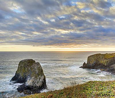 Seashore Photograph - Oregon Coast Day Ending by Marv Vandehey