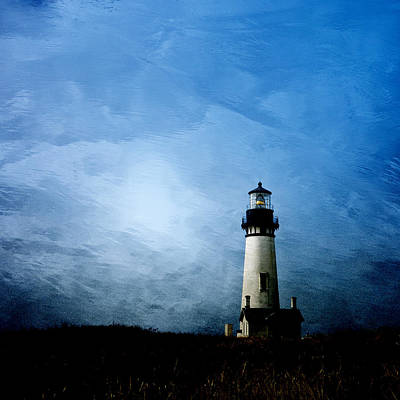 Lighthouse Photograph - Yaquina Head Lighthouse by Carol Leigh