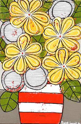 Painting - Yellow And White Flowers by Elizabeth Langreiter