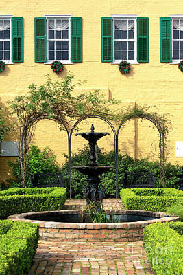 Yellow Courtyard In New Orleans Art Print