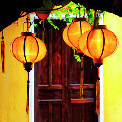 Photograph - Yellow Lanterns by Fabrizio Troiani