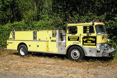 Photograph - Yellow Rockport Fire Engine by Tom Cochran