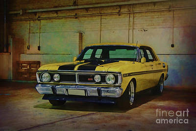 Australian Ford Photograph - Yellow Xy Falcon Gt by Stuart Row