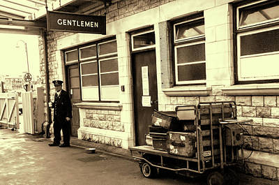 Photograph - Yesterdays Railway Station by Phyllis Taylor