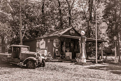 Photograph - Yesterville Country Store by Lynne Jenkins