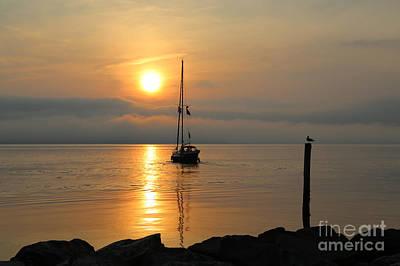Photograph - Yorktown Beach Morning by Lara Morrison