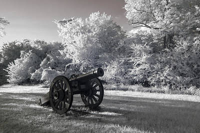 Photograph - Yorktown - Cannon by Liza Eckardt