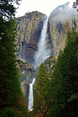 Photograph - Yosemite Falls D by Phyllis Spoor