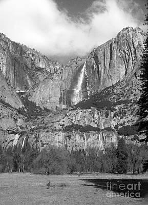 Yosemite Falls Art Print by Richard Verkuyl