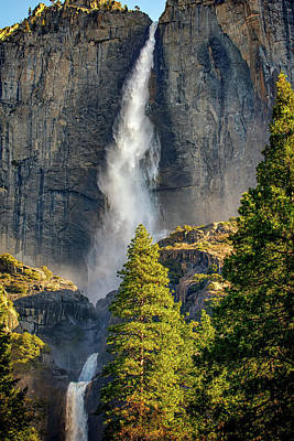 Photograph - Yosemite Falls by Rick Berk