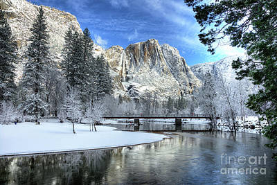 Photograph - Yosemite Falls Swinging Bridge Yosemite National Park by Wayne Moran