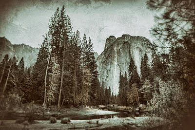 Black And White Photograph - Yosemite National Park by James Bethanis