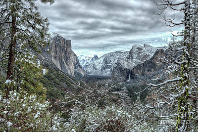 Photograph - Yosemite National Park Tunnel View  by Wayne Moran