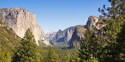 Photograph - Yosemite Panoramic by Lutz Baar