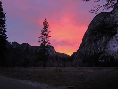 Photograph - Yosemite Sunset 01 2015 by Walter Fahmy