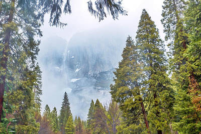El Capitan Digital Art - Yosemite Under Clouds by Louloua Asgaraly