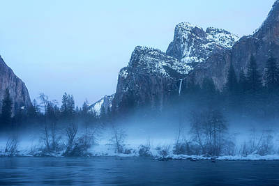 Yosemite Valley Evening Mist Art Print