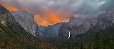 Photograph - Yosemite Valley Sunrise by Jeremy Jensen