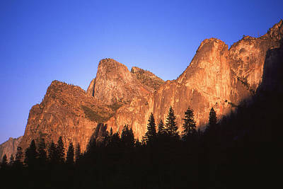 Photograph - Yosemite Valley California Sunset by Peter Potter