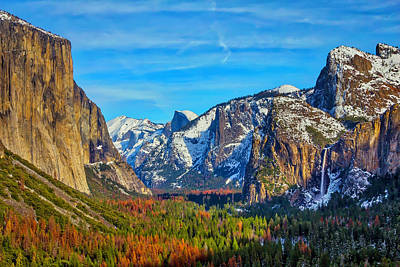 Snowy Mountain Photograph - Yosemite Valley Tunnel View by Garry Gay