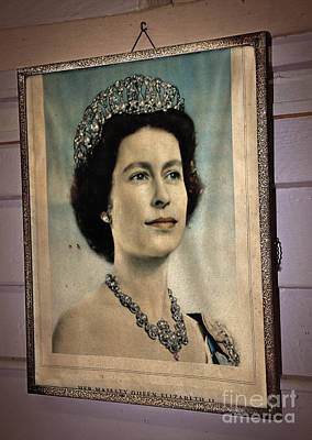 Photograph - Young Queen Elizabeth II by Kaye Menner