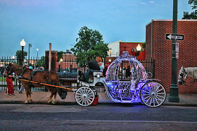 Photograph - Your Carriage Awaits - Memphis by Allen Beatty