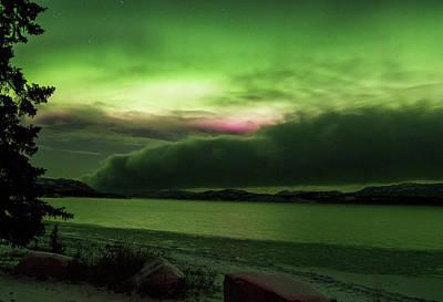 Photograph - Yukon Norhern Lights P5 by Phyllis Spoor
